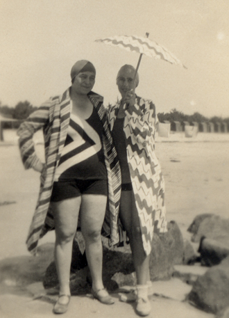 15_Sonia Delaunay und Sophie Taeuber-Arp_1929.jpg