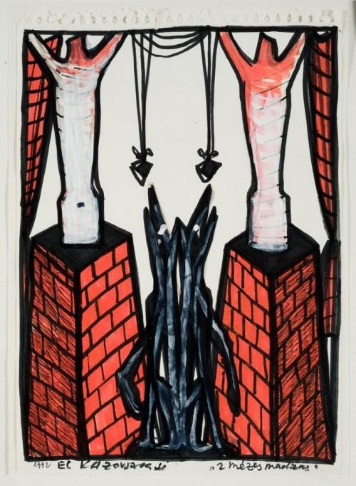 Szimmetrikus kompozíció. A kép két szélén egy-egy vörös téglás, csonka gúla alakú építmény, mindkettő tetején egy-egy felemelt karú torzó, a két építmény között két darab ülő, fekete négylábú állat (kutya) található, amelyek felfelé néznek, mintha egy-egy, felettük lógó madzagon lévő tárgyat próbálnának bekapni. A madzag a két torzó karja között helyezkedik el. Őrzési hely: A. Gyűjtemény