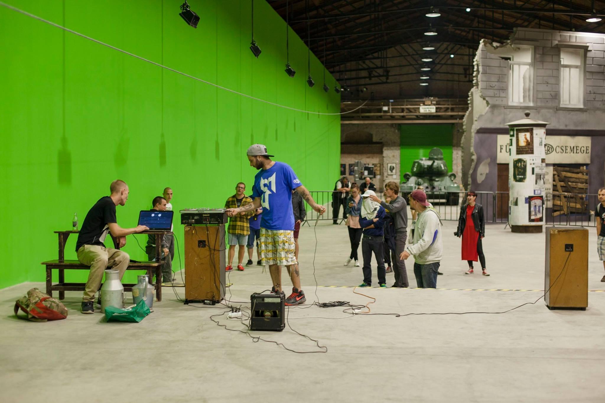 Az eseménysorozat harmadik helyszíne a Nemzeti Filmtörténeti Élménypark green-box terme volt, ahol előzenekarként fellépett az ózdi SzeszreKészek, majd őket követte Gazsi Rap Show, akivel a filmes díszletek között egy klipet is forgattak.