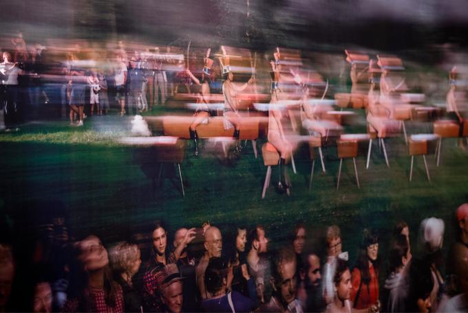 Az álló roham (Marek Janiak, Andrzej Świetlik, Andrzej Wielogórski, és közreműködők: Sławomir Bit, Zofia Łuczko), 2014. Fotó: Lengyel Intézet, Budapest
