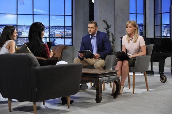 Műsorvezetők a 2016-ban indult M5 kulturális tévécsatornán – Koltay Anna és Ambrus Ádám. Fotó: MTVA